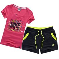 New women's cotton summer sports suits, short-sleeved T-shirt Slim shorts casual sportswear (t-shirt + shorts)