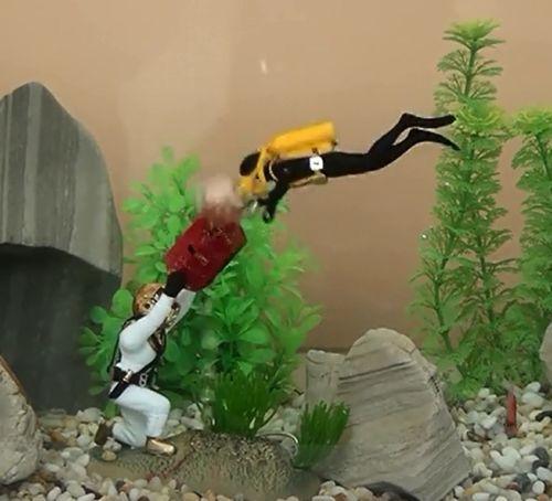 "2015 Limited Acuario Swimming Pool Accessories New 4"" Air Action *treasure Diving* Aquarium Ornament Fish Tank Decoration 0-76(China (Mainland))"
