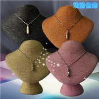 NEW ARRIVAL 16.5x18cmH High Quality Winding Line Portrait Model Jewelry Display Stand Necklace Showing Stand 4 Colors Optional