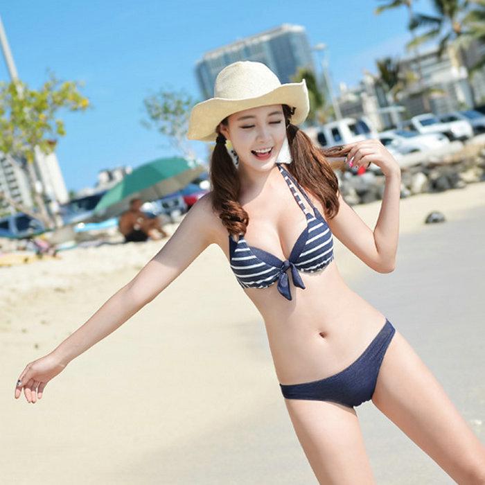 http://i00.i.aliimg.com/wsphoto/v0/1875906298_1/Harajuku-Kawaii-Cute-Little-Girl-Bathing-Suits-Padded-Push-Up-Bandage-Fringe-Bikini-Top-3-Piece.jpg