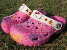 Chica Hello Kitty sandalias zapatillas Jardín Hole Zapatos de verano Toboganes infantiles tirón de la playa Fracasos muchacha de los muchachos 2 años - 8yrs(China (Mainland))