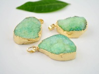 3pcs Druzy Drusy Pendant Gold plated Edge Druzy Pendant in light green color, Gem Stone Findings