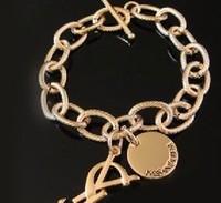 Wholesale New chunky chain alloy bracelet fashion letters charm bracelet Big Brand Show 0202