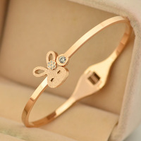 Fashion Luxury Crystal Imitated diamond little rabbit Bangles Titanium Pink Rose Gold Bracelet Bangle Jewelry Women Acessories