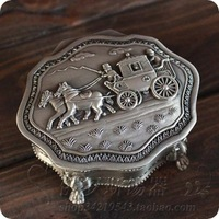 2014 Unique Fashion vintage silver tin jewelry box Packaging Case home decoration lady gifts