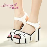 Summer new arrival 2014 fashion japanned leather open toe plaid color block decoration velcro sandals female