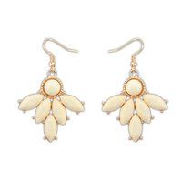 2014 New Fashion Hot Sale Drop Earrings Environmental Meterial Resin Gem Leaf Dangle Earrings Min Order is $10 Can Mixed