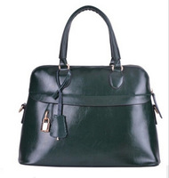 2014 leather Europe and the United States OL commuter portable handbag shoulder inclined across packages