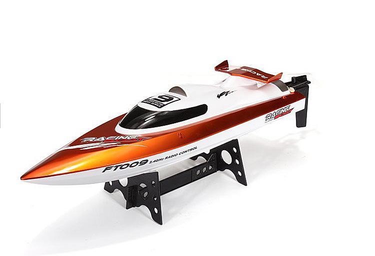 купить лодку на пульте управления быструю