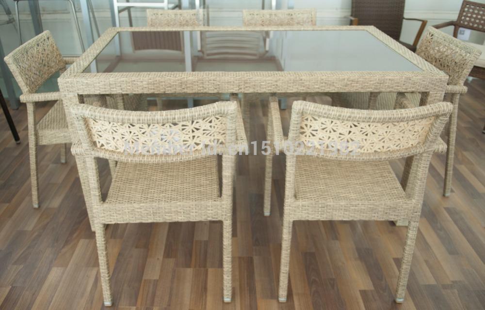 Geschiedenis - Houten plastic stoel ...