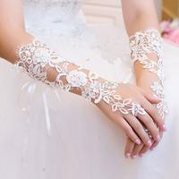Elegant The Bride  Wedding Dress Gloves Luxury Diamond Cutout Lace Ivory Gloves Fingerless Gloves Wedding Accessories