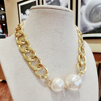 Free shipping more than $15+gift fashion hot new coarse pearl size rhinestone necklace gold chain short design Women aluminum