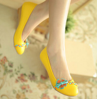 2014 spring sweet round toe cute flower single low-heeled shoes wedges female casual pumps big size:34 35-41 42 43