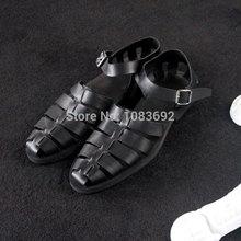 Grátis frete 2014 New arrival jiniwu2014 confortável puro preto couro moda artesanal fivela de moda masculina sandálias gladiador(China (Mainland))