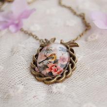 Vintage Jewelry Antique Bronze Oval Flower Bird Alloy Pendant Necklace Creative Gift