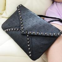 2014 NEW ARRIVAL Free Shipping Fashion Women Skull Handbag Messenger Bag Black Retro Envelope Rivets Shoulder Bag Clutch Bag