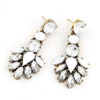 Min Order $10 Korea Fashion Metal Leaf Earring Crystal Women Stud Earring