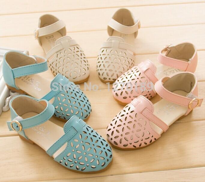 Sepatu Sandal Anak Perempuan Terbaru