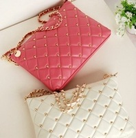 2014 new winter rivet chain vintage envelope messenger bag day clutch women's handbag