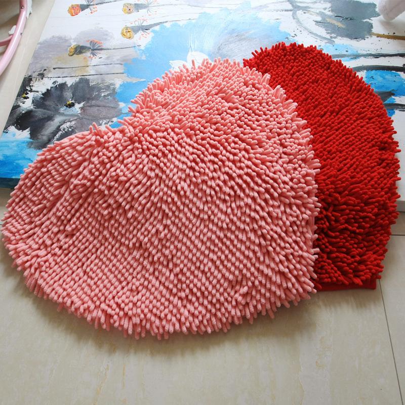 Lindo chenille casamento tapete tapete 2014 Banheiro tapete frete grátis cana banheiro sala de estar tapete deslizamento absorvente em forma de coração(China (Mainland))