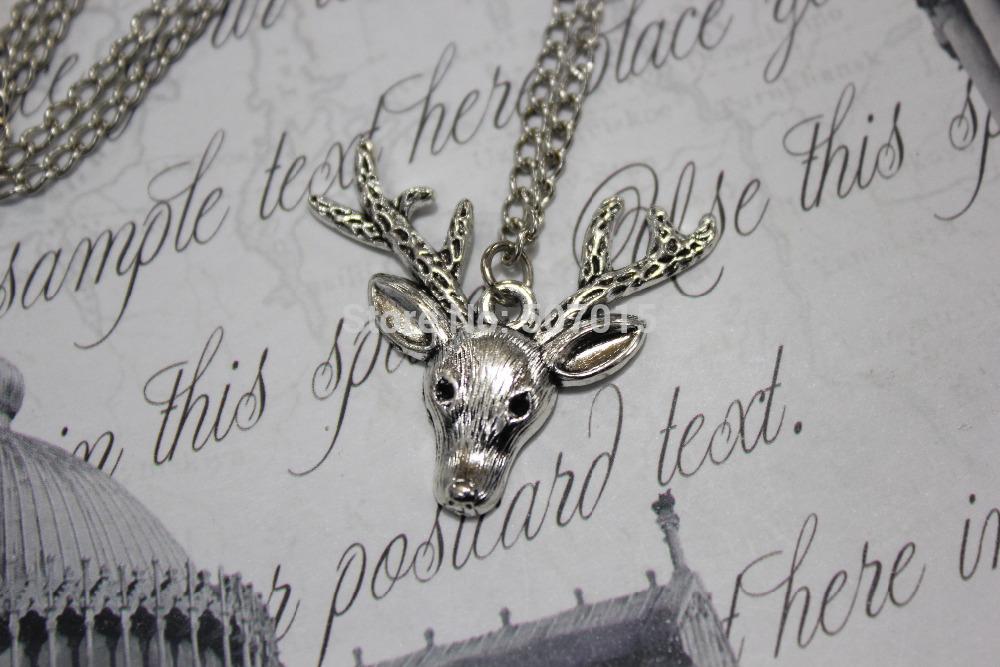 Deer Charm Bracelet in Silver-charm Bracelet