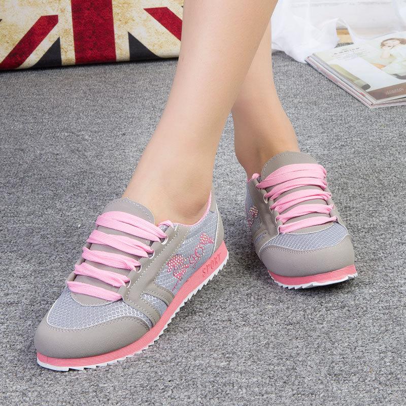 ventilação novo mulheres sapatos e tênis de lona fácil& conveniente sapatos casuais maré, doce, elegante e confortável frete grátis(China (Mainland))