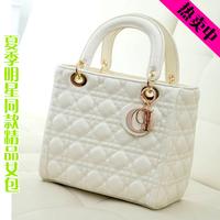 2014 fashion plaid women's handbag beige  casual sweet messenger small bag