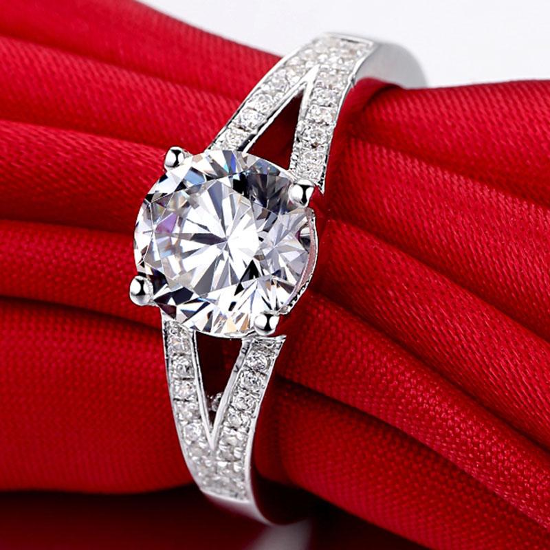 as mulheres anel sdos1.5 luxo ouro prateado(China (Mainland))