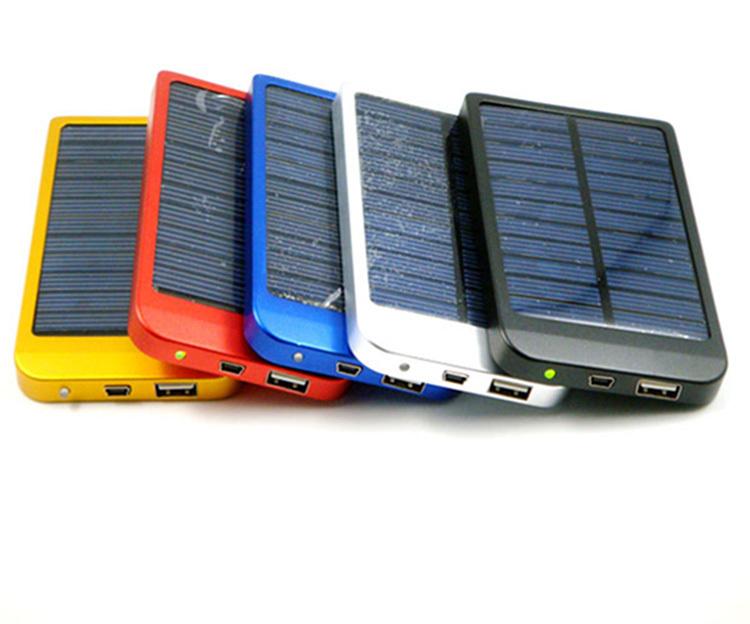 Зарядное устройство 2001-3000 , 2600MaH /usb , MP3 00# зарядное устройство 2001 3000 box 20sets lot 18650 2600mah portable battery charger