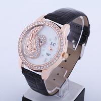 Electronic 2014 New Swan Surface Fashion Women Rhinestone Watches Quartz Analog Women Dress Watches Leather Strap Watches