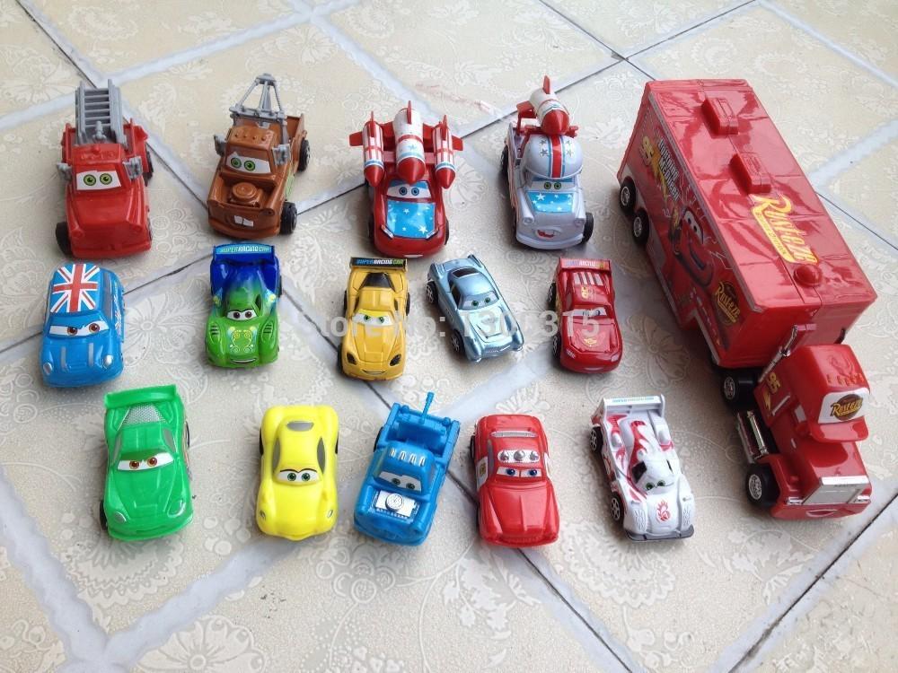 14 pezzi Pixar auto 6cm + 1 pezzo mack camion 22cm spedizione gratuita
