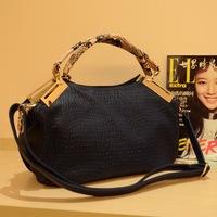 handbags Korean version packages of soft material bag Golden Age serpentine fashion Mobile Messenger,1006