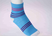 China Famous Brand LangSha Women's Comfortable Casual Colorful Stripe Printed Cotton Ankle Socks Color Sent By Random