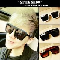 Free shipping Fashion male m8 Women ladyga vintage glasses big black star fashion sunglasses rubric for sunglasses
