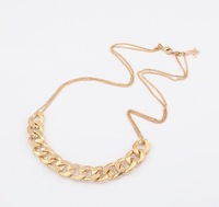 Fashion necklace metal interlocking personality chain necklace statement necklace for women