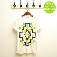 New mens Tee  T-shirt Slim geometric pattern  White free shipping