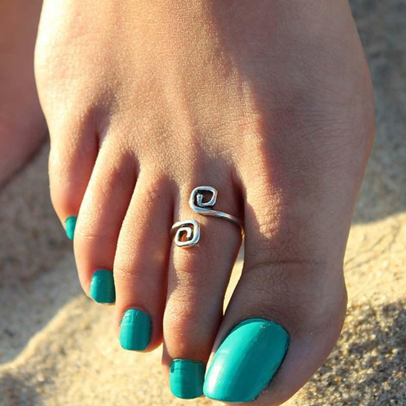 1pc Women Girl Simple Stylish Adjustable Retro Toe Ring Foot Beach Jewelry