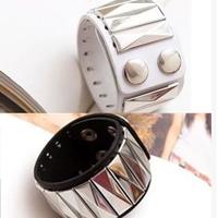 12Pcs/Lot Fashion Pyramid Rivets Wide Leather Bracelet Free Shipping
