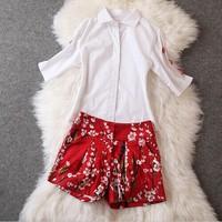 Brand summer new European and American fashion women's diamond Blouse shirt half sleeve+edge beads retro print shorts pants