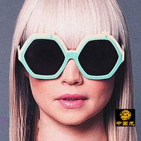 Free shipping women's Anti-UVA Anti-UVB sunglasses Holland personality irregular oversized sunglasses