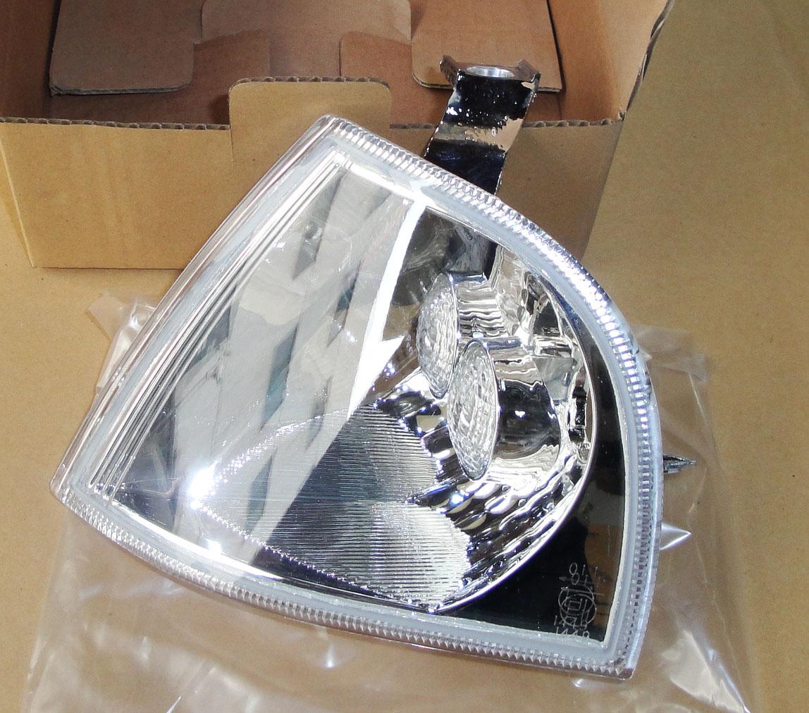 Skoda octavia corner lamp octavia turn lamp skoda corner lamp 1u0953155d156d models(China (Mainland))
