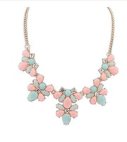 Min order is $9 (CAN MIX) Foreign trade new wind candy color droplets gem flower sweet short necklace XL603