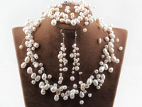 Nice Freshwater Pearl Matching Necklace, Bracelet & Earrings - Bridal jewellery set