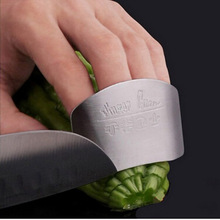 Stainless Steel Finger Hand Protector Guard Personalized Design Chop Safe Slice Knife Kitchen Cooking Tools(China (Mainland))