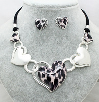 2014newest brand gold leopard heart designer unique jewelry sets costume party necklaces earrings set for women free shipping