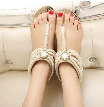 Newest 2014 Women Summer Bohemia Handmade Beaded Flats Shoes Female Sandals Fashion Pearl Rhinestone Flip-flop Flat Sandals(China (Mainland))