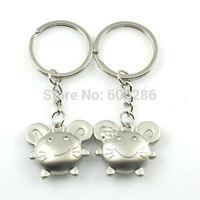 Free shipping 400 Pcs=200pairs/Lot cat Metal Couple Keychains Zinc Alloy Love Key Chain Key Ring Souvenir wedding favour