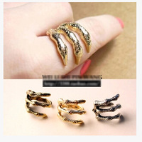 free shipping J192 fashion accessories punk demon paw vintage ring female finger ring