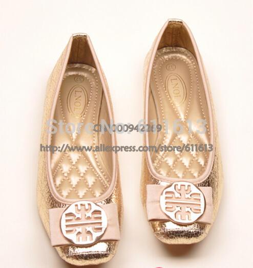 Doce bowknot fivelas de metal jateamento de crack sapatos documentários cabeça quadrada plana sapatos baixos confortáveis grátis frete(China (Mainland))