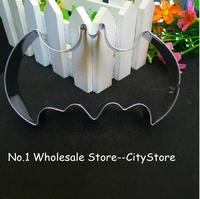 New Arrivial Batman baking biscuit cookie cutter (OPP BAG PACKAGE)